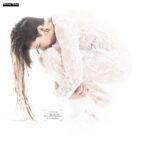 Das weiße Kleid mit Model Lisa