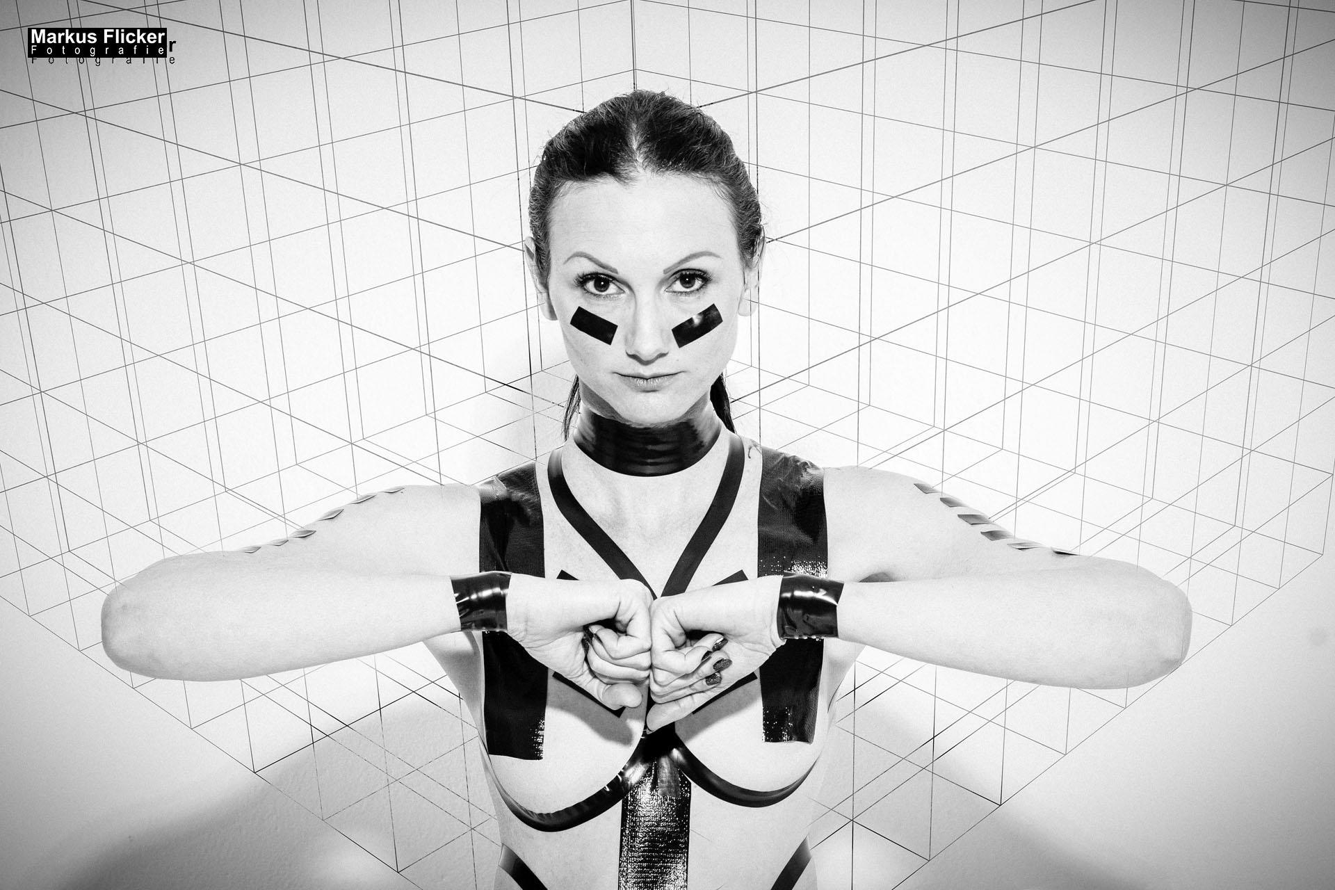 Fotoshooting im Studio mit Viktoria Maxx #TapeTheModelPhotography
