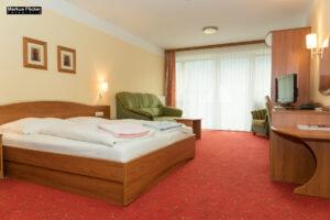 3 Stern Hotel Angerer-Hof mit Waggon Hotel in Anger